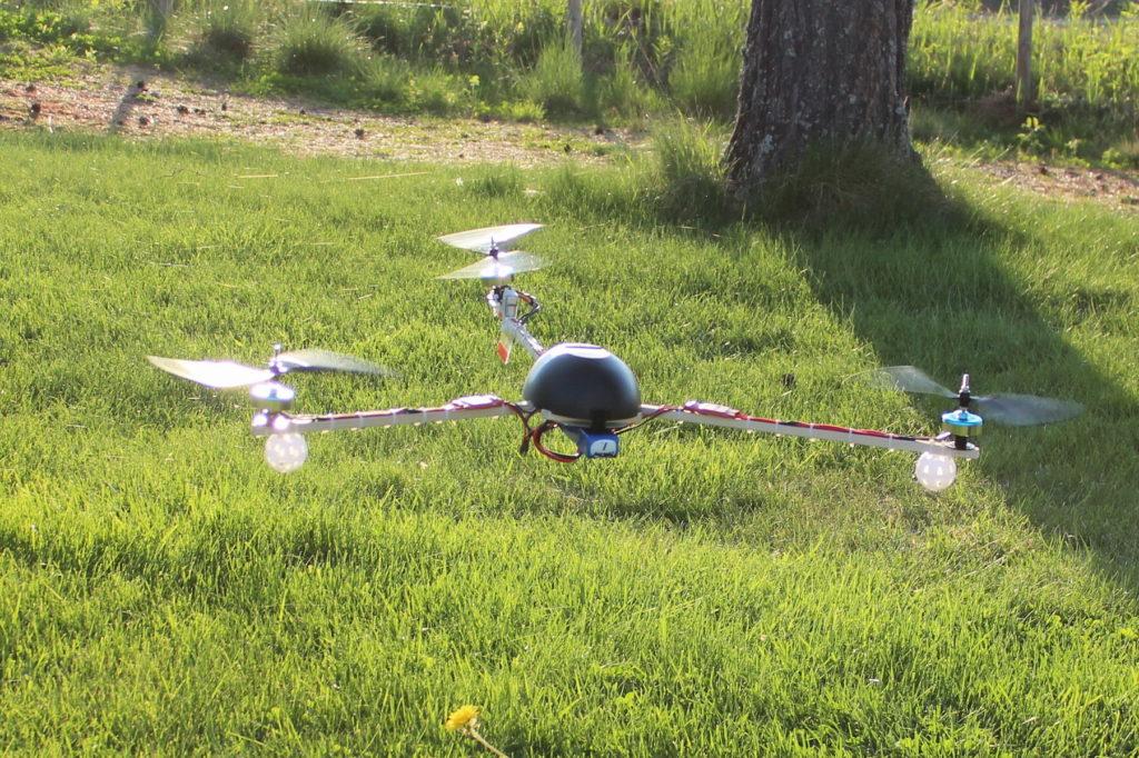 トライコプター(tricopter)